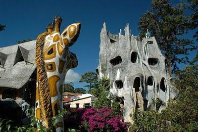 Rumah Peristirahatan Hang Nga atau Rumah Gila