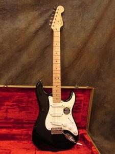 Fender Stratocaster 'Blackie' punya nya om eric clapton