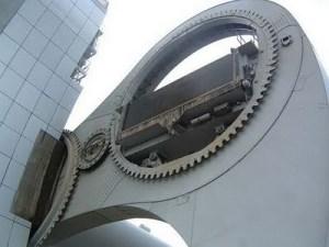 Lift Pengangkut Kapal Laut Terbesar